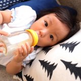 哺乳瓶 ガラス プラスチック 赤ちゃん