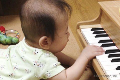 1歳 おもちゃ ピアノ