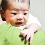 赤ちゃん 泣く 抱っこ