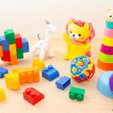 おもちゃ トイザらス ニトリ 西松屋 プライベートブランド