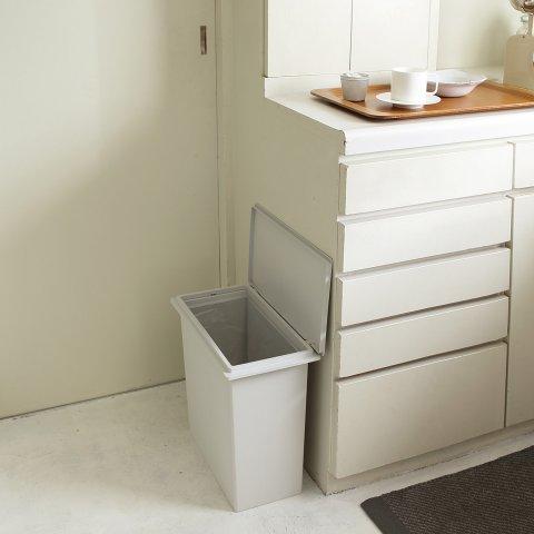 要出典 無印良品 おむつ 収納 ゴミ箱 ポリプロピレンフタが選べるダストボックス・小