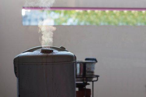炊飯器 湯気