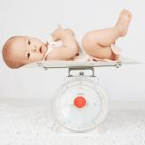 アイキャッチ登録済 赤ちゃん 体重